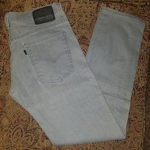 Grey pair of Levi 513s